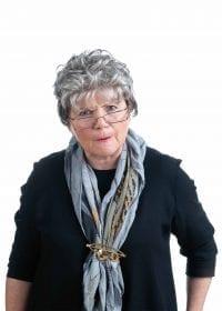 Sabine Essinger als Witwe Fleischle